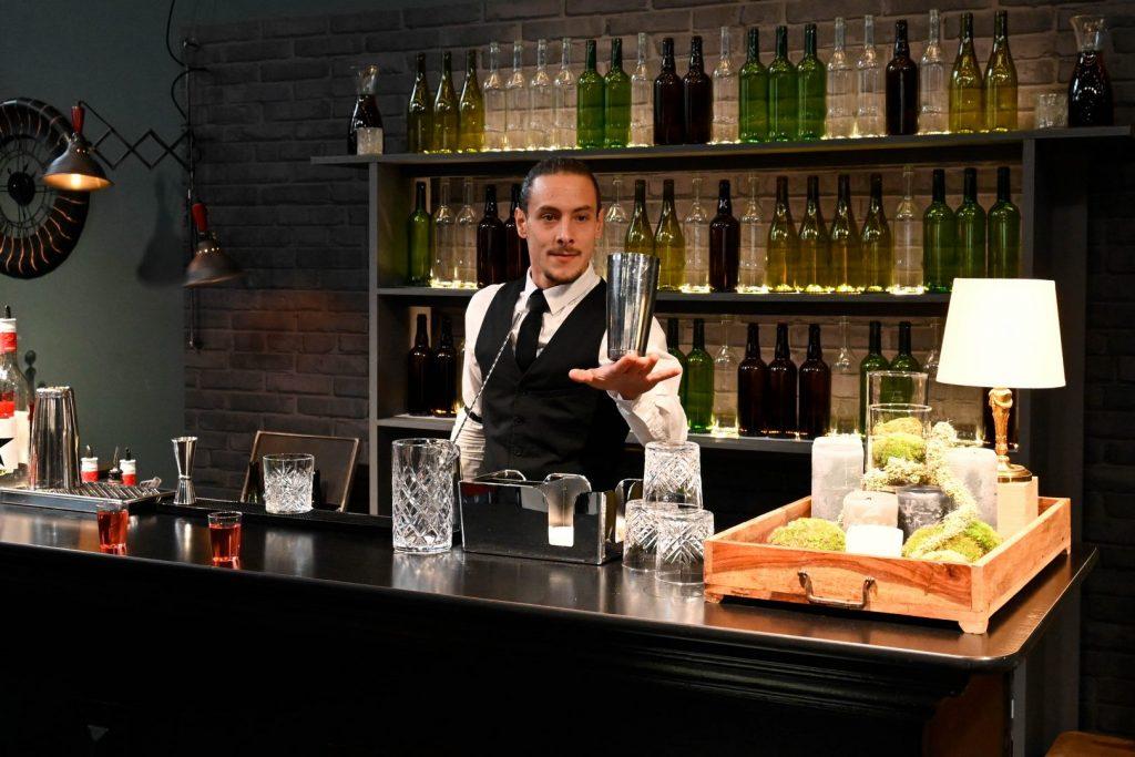 Stand Nikon : animation jonglage barman